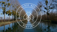 black bee boating bateau 14